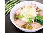 開発のヒントは「ぺペロンチーノ」青唐辛子を使った透明スープ 「青唐うま塩ラーメン」が期間限定で販売