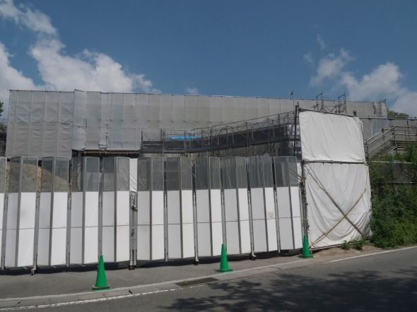 gates03.jpg