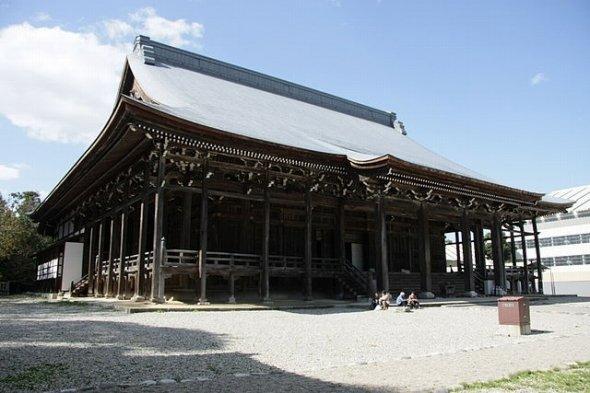 勝興寺本堂(小池 隆さん撮影、Wikimedia Commonsより)