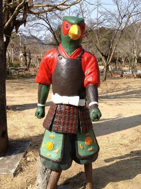 桃太郎神社 キジの像(画像提供:犬山市観光協会)