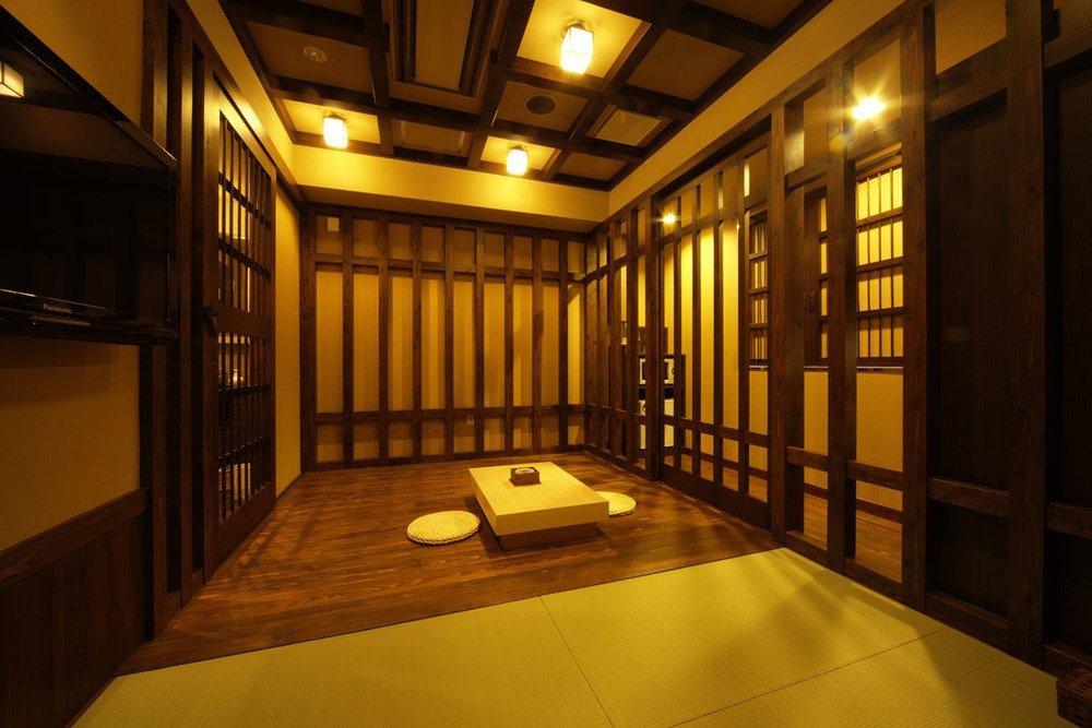 昔の牢獄をイメージした206号室。2つ星
