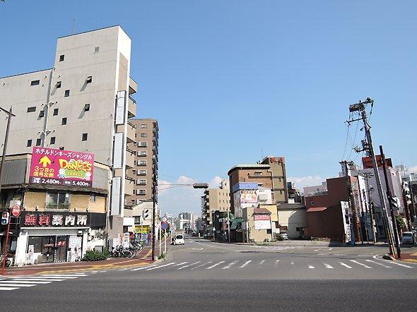 旧千葉駅から栄町方面を見る。