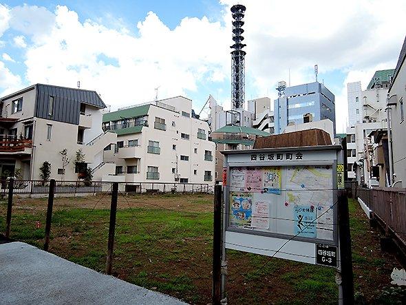 town20150811yotsuyasakamachi01.jpg