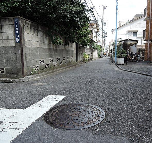 town20150811yotsuyasakamachi14.jpg