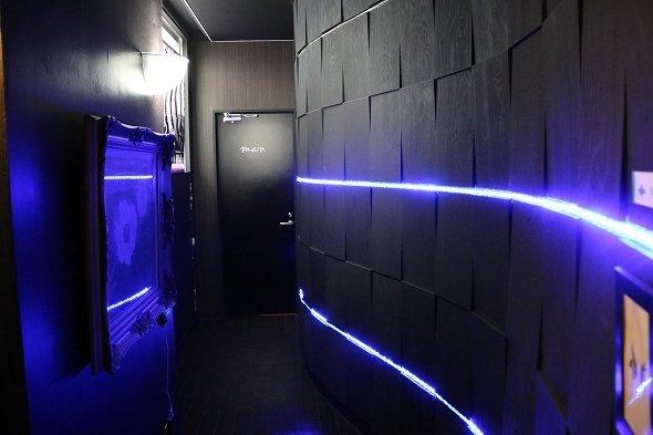 健康ドック用の更衣室は近未来的なデザイン