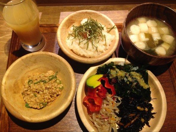 「賀茂」の朝食。写真は筆者撮影