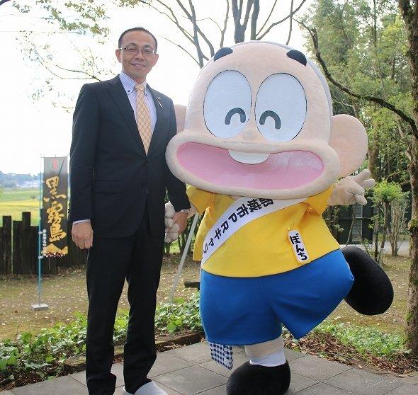 都城のPRキャラクター「ぼんちくん」は、池田市長にソックリ?