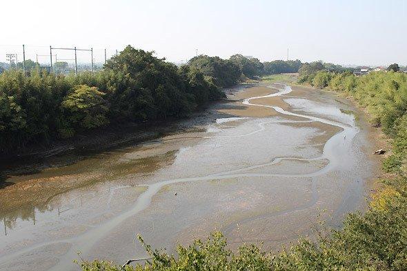 治水橋から見た「びん沼川」