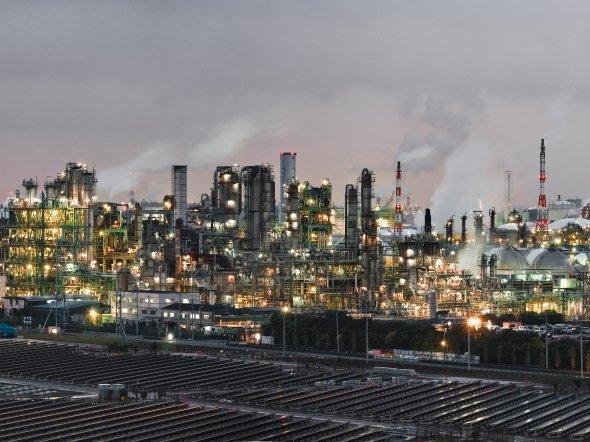 大山顕さん撮影。どこの工場夜景か、あなたはわかるか?