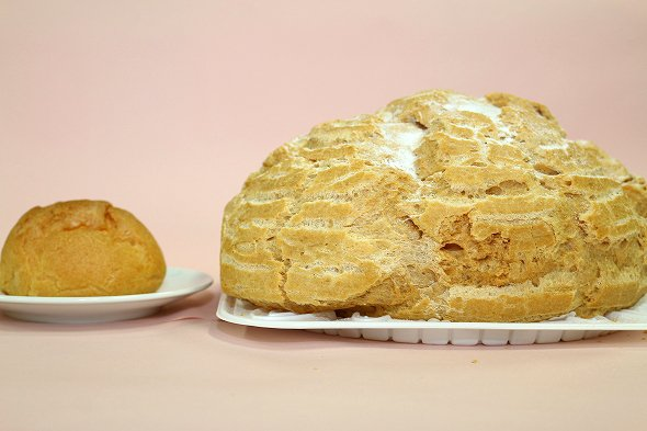 コンビニサイズのシュークリームと比較