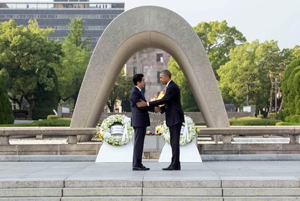 広島を訪れたオバマ大統領(Wikimedia Commonsより)