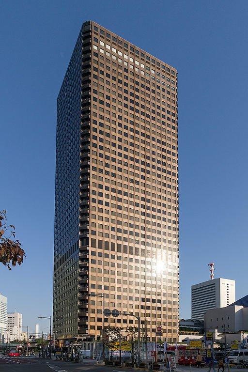 東京都港区浜松町の世界貿易センタービル(Rs1421さん撮影、Wikimedia Commonsより)