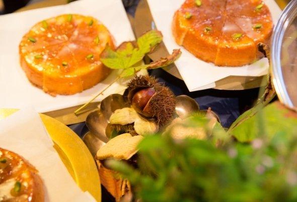 地元産の柑橘「ゆこう」を使用したケーキ