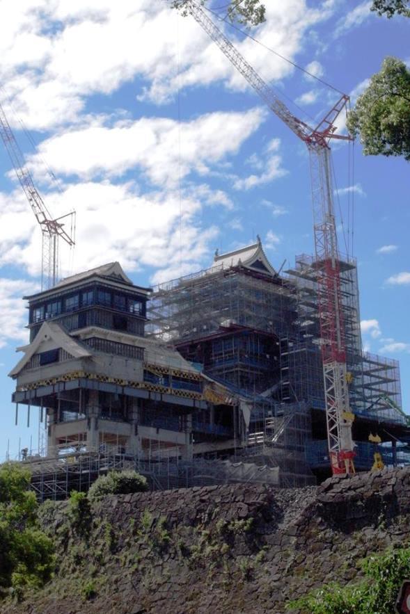 復旧工事中の熊本城(熊本城公式facebookページより)