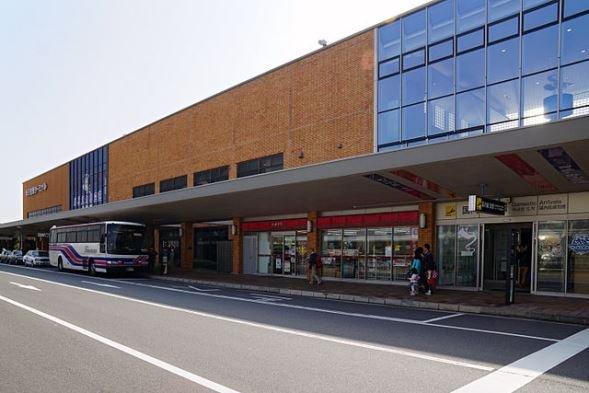 米子鬼太郎空港(663highlandさん撮影、Wikimedia Commonsより)