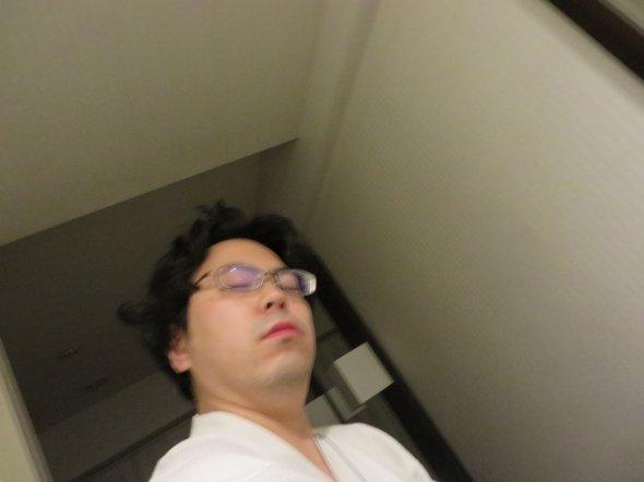 【5時34分】小倉の某ビジネスホテルにて