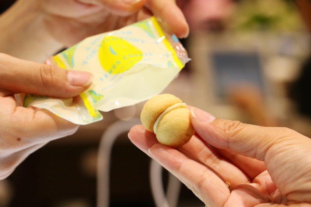 「東京百年物語 キリンレモン サンドクッキー」