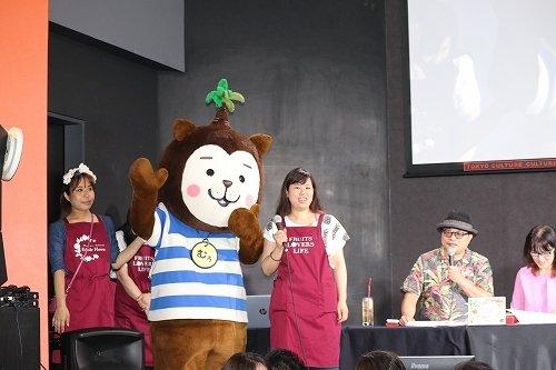 宮崎県のシンボルキャラクターである「みやざき犬」の「むぅちゃん」