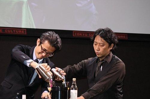 日比谷Bar/山本利晴さん(写真左)、BE WAVE/天野剛さん(写真右)によるカクテルトークショー