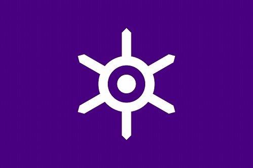 参考までに東京の旗は紫色がベースになっている(画像はWikimedia Commonsより)