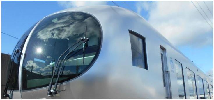 西武鉄道の新型特急車両「ラビュー」。画像はニュースリリースより。