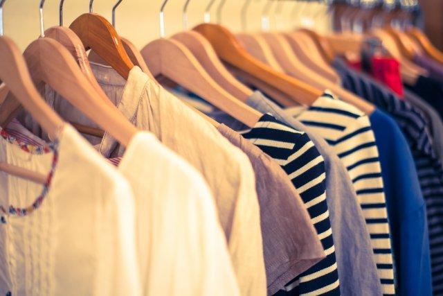 洋服代、どれくらい使う?