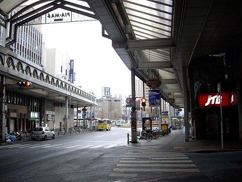 周南市の銀座通り商店街の様子(Altomarinaさん撮影, Wikimedia Commonsより)