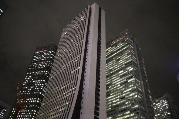 損保ジャパン本社ビルの独特な造形は当時から目立っていたようだ