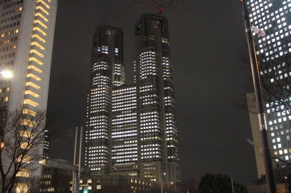 東京都庁すら原作の時代には未完成だった