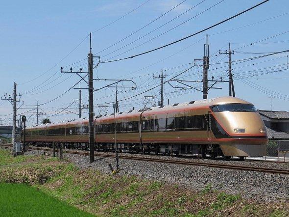 高崎・渋川まで伸びていれば、東上線にもスペーシアのような特急が走ったかもしれないと夢がふくらむ(Faww05さん撮影、Wikimedia Commonsより)
