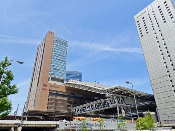 大阪駅と梅田駅の近さが分からないと難しい?