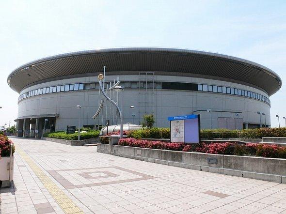 名古屋市南区にある日本ガイシホール(Gnsinさん撮影、Wikimedia Commonsより)