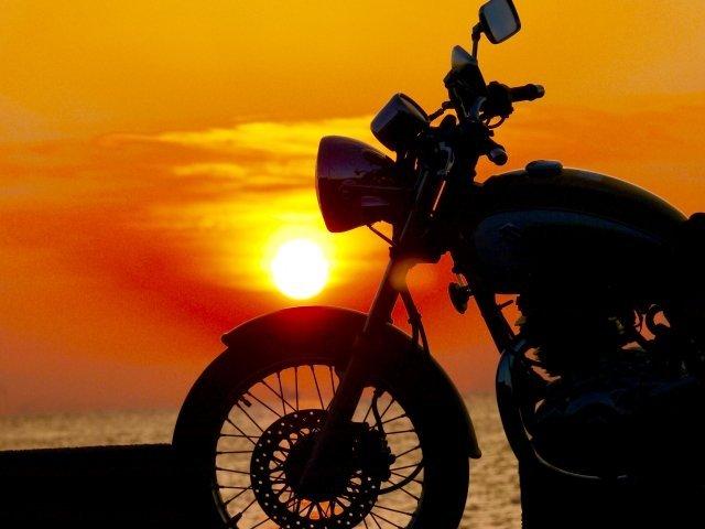 バイクが趣味の親子に大迷惑(画像はイメージ)