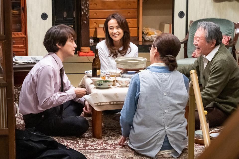 左から満男、イズミ、さくら、博 (C)2019松竹株式会社