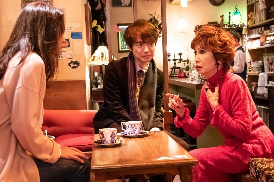 左からイズミ、満男、リリー(浅丘ルリ子)(C)2019 松竹株式会社
