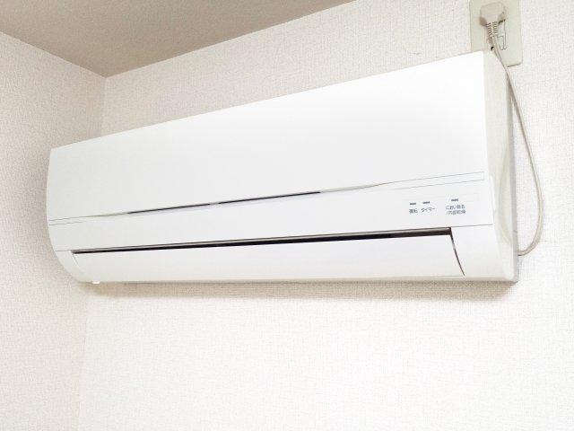 冷房 と 暖房 電気 代