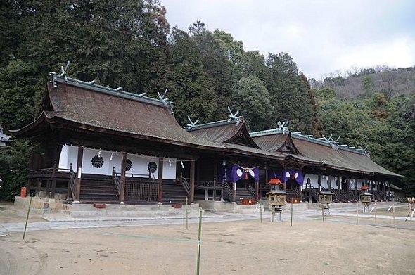 日本第一熊野神社(Reggaemanさん撮影、Wikimedia Commonsより)