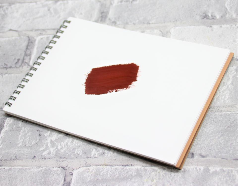 赤い土のような色の「ライトレッド」