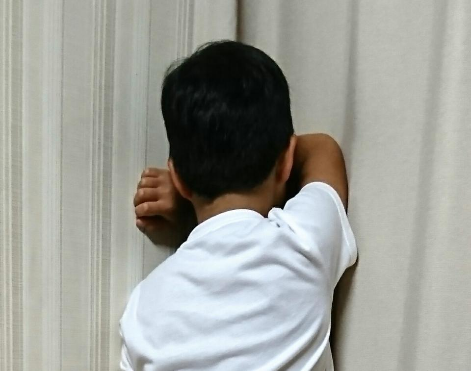 子供の後ろ姿(画像はイメージ)