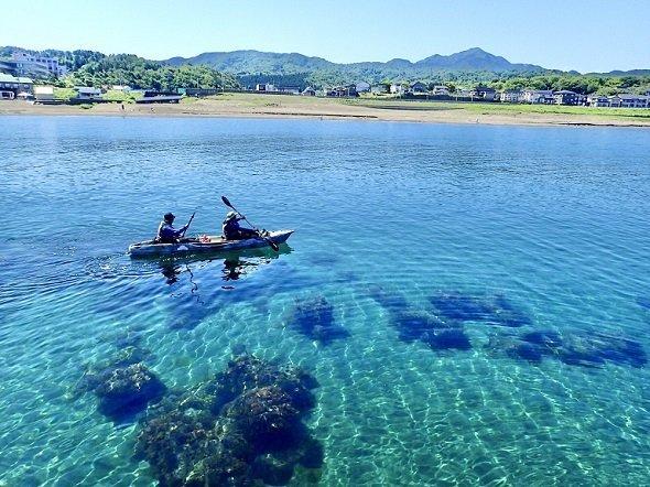 ここは南国?→いいえ、新潟です 「日本海のイメージを覆す」と話題の ...