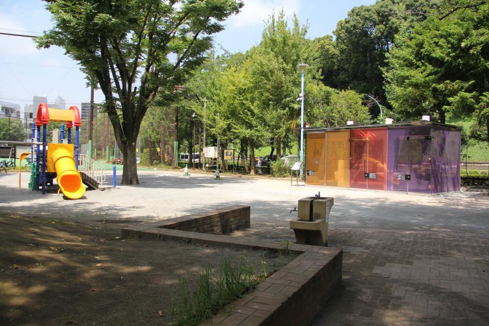 代々木深町小公園