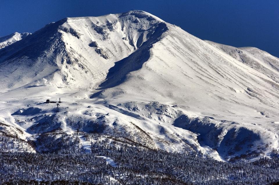 雪が積もった大雪山(写真提供:東川町)